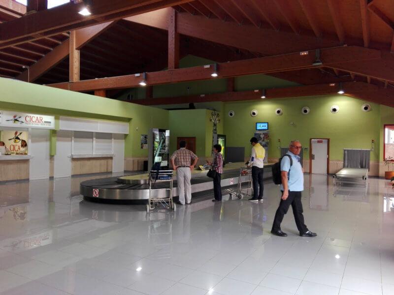 El Hierro airport baggage claim